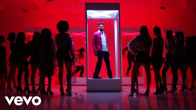 "Chris Brown – ""Heat"" (ft. Gunna)"
