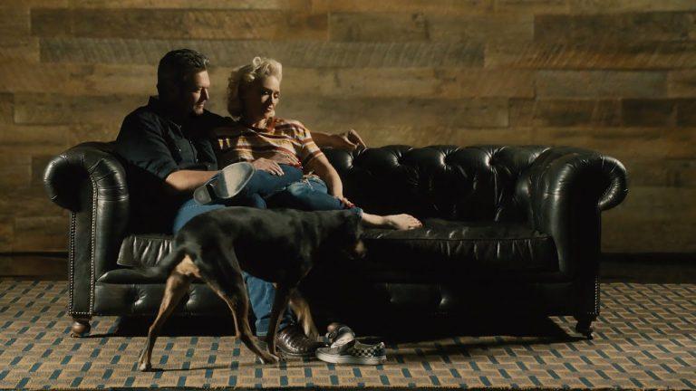 "Blake Shelton ""Nobody But You"" Duet with Gwen Stefani"